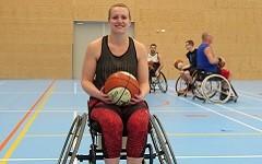 """""""Ik ben ontzettend blij dat ik weer zonder pijn een sport kan beoefenen en fanatiek kan trainen"""". afbeelding nieuwsbericht"""