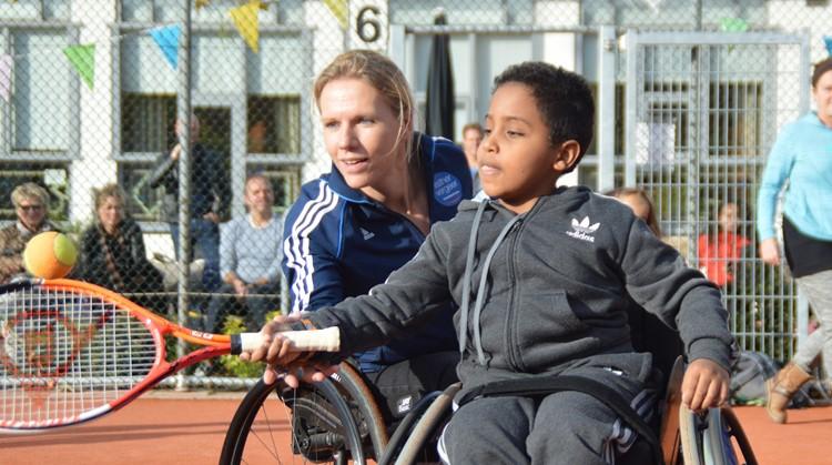 Rolstoeltennis clinic Esther Vergeer Foundation in 's-Hertogenbosch afbeelding nieuwsbericht