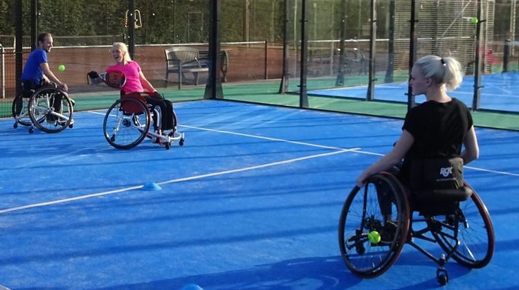 Nieuw aanbod rolstoelpadel bij De Doordraaiers afbeelding nieuwsbericht