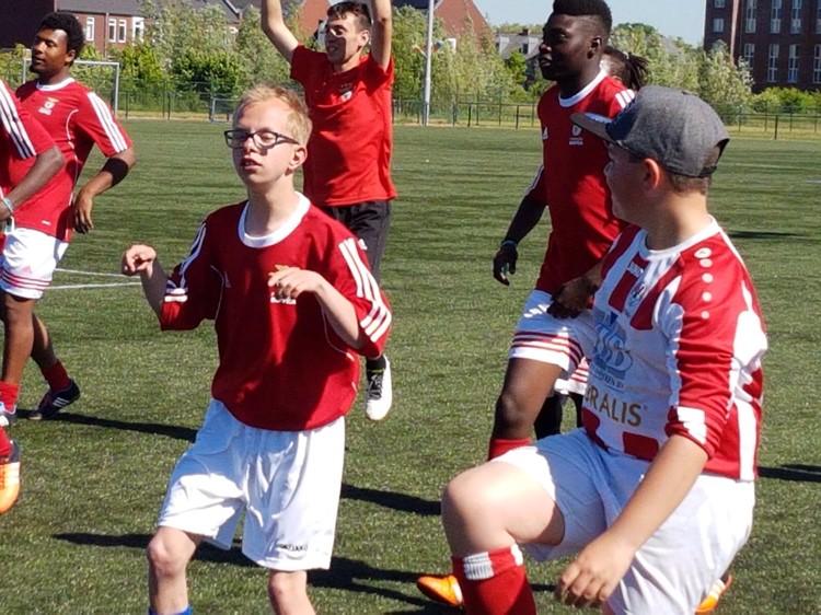 Spelplezier boven spelregels bij Voetbal+ van SC Woezik afbeelding nieuwsbericht