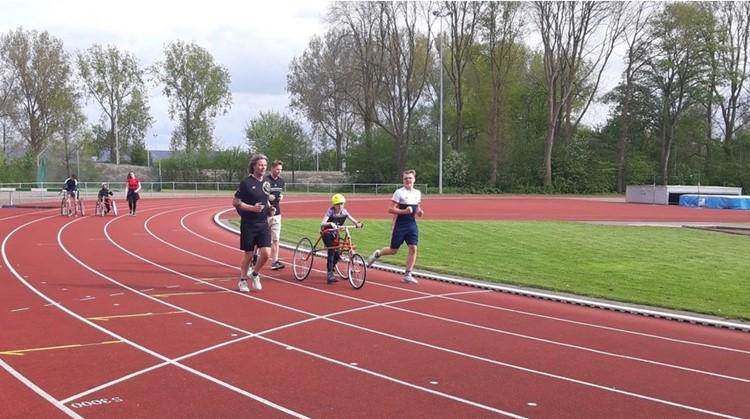 Framerunnen Groningen Atletiek live in de uitzending RTVNoord afbeelding nieuwsbericht