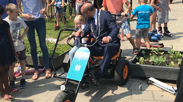 Playground Thialf in Arnhem meer toegankelijk voor kinderen met een beperking afbeelding nieuwsbericht
