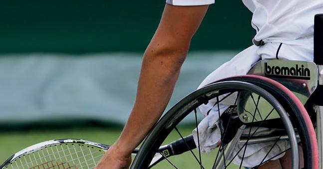 Clinic rolstoeltennis op Thialf playground afbeelding nieuwsbericht