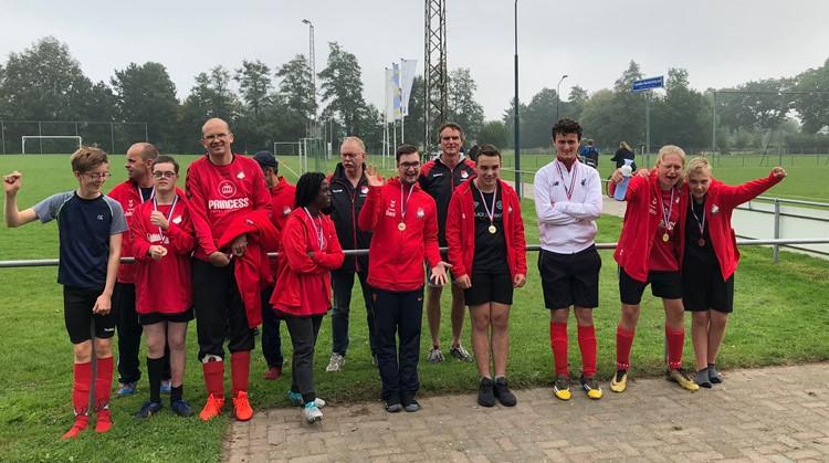 G-voetballers Loenermark stralen bij voetbaltoernooi vv Oeken!  afbeelding nieuwsbericht