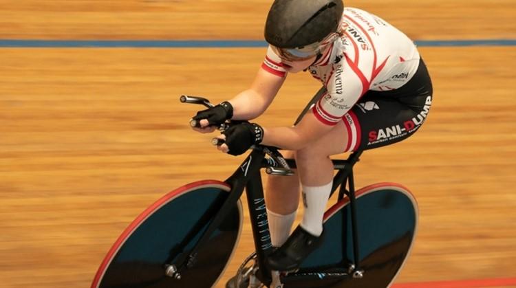 Slechtziend en fietsen is je passie? Maud (18) is op zoek naar een stoker op de tandem! afbeelding nieuwsbericht