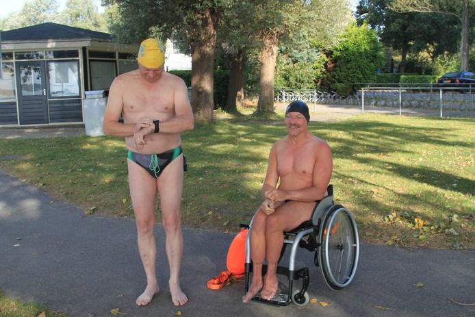 Hagenaar Erwin van Emmerik zwemt Noord Aa over afbeelding nieuwsbericht