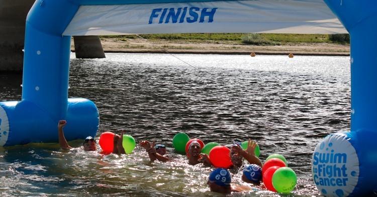 Doe mee met Swim to Fight Cancer op 29 augustus 2021 in Nijmegen afbeelding nieuwsbericht