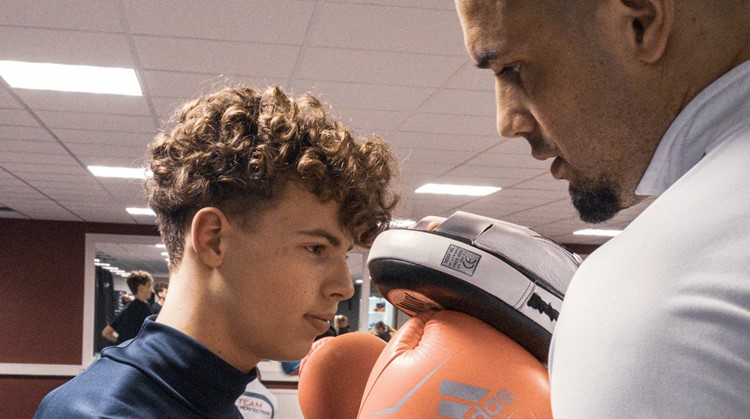 Nieuwe ronde You fit in 2021! You Fit Fit is bedoeld voor jongeren die weinig bewegen en nog niet weten welke sport of beweegvorm ze leuk vinden afbeelding nieuwsbericht