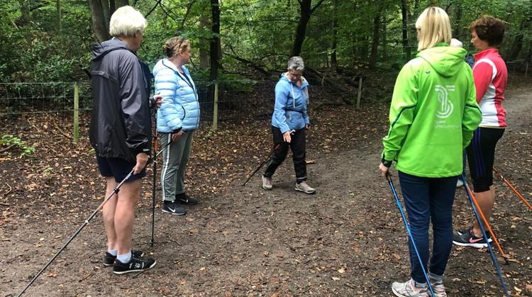 Succesvolle kennismaking met Nordic Walking in Hilversum afbeelding nieuwsbericht