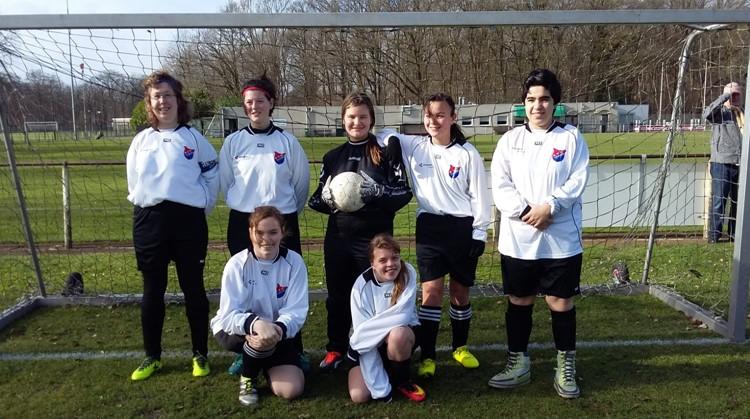 SVG Vrouwen G1 start in de voetbalcompetitie. afbeelding nieuwsbericht