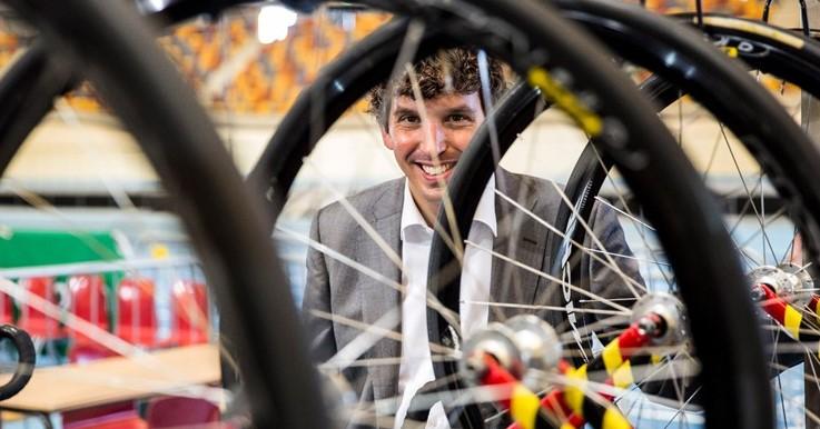 Apeldoornse wethouder Stukker: zien sporten is doen sporten! afbeelding nieuwsbericht
