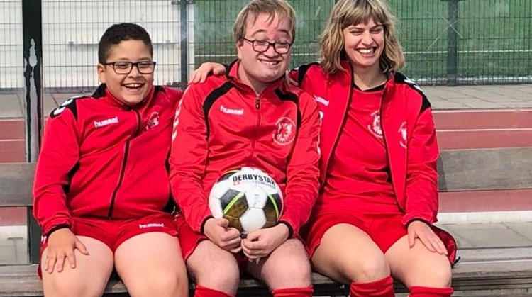 Enthousiaste trainers G-voetbal Naarden gezocht! afbeelding nieuwsbericht