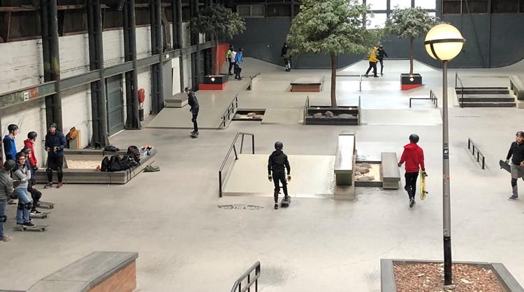 Leerlingen Bredero skaten bij Pier15 afbeelding nieuwsbericht