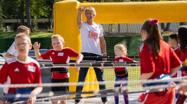 De ouder kind dag op 4 september 2021 van de Edwin van der Sar Foundation gaat door! afbeelding nieuwsbericht
